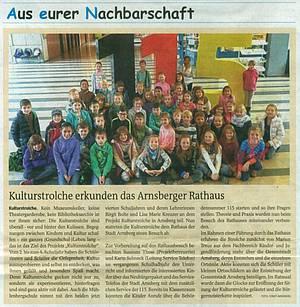 Kulturstrolche erkunden das Arnsberger Rathaus